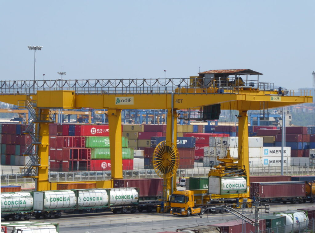 A railed container gantry crane in the port of Bilbao - used in our logistics training courses